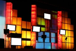 Flat-panel displays, LCD/LED monitors, touch screens, video walls that create big impression at the event